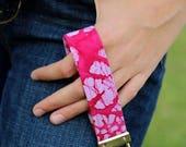 Wrist Key Lanyard, Key Fob Wristlet, Hippie Keychain, Boho Gift for Girl, Wrist Key Lanyard, Pink Boho Keychain, key holder, Mothers Day