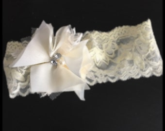 Vintage inspired newborn lace headband