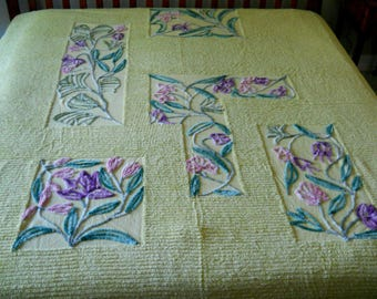 VInTAGE CHENILLE BEDSPREAD YeLLOW/CHaRTREUSE W/PuRPLE TEAL PiNK BrRK CLoTH BAcK