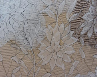 "Chantilly Lace Fabric ,off  White Lace fabric with black thread for wedding 59"" width,lotuses  lace fabric"