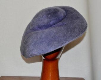 Vintage 1950s Lilac Plush Woman's Saucer Large Brim Hat