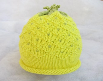 Hand knit pure cotton baby pineapple hat. Size 1-4 months.