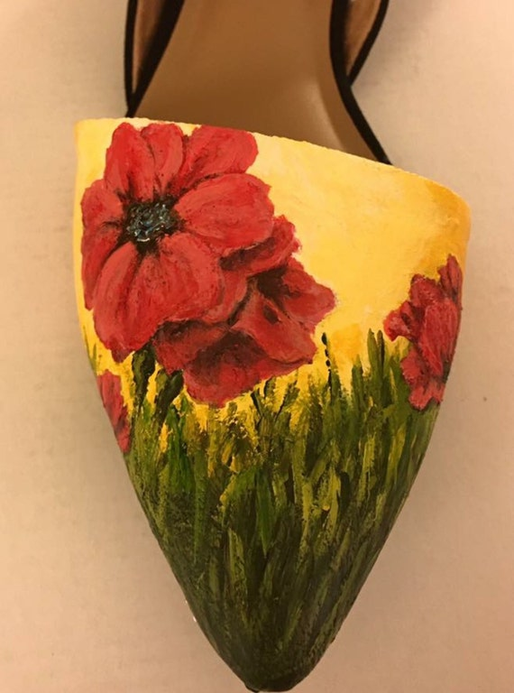 Women's hand-painted pointed toe flats - size 8