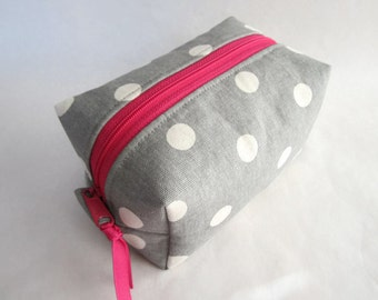 Boxy pouch cosmetic bag grey and cream polka dots with pink (BP16-003)