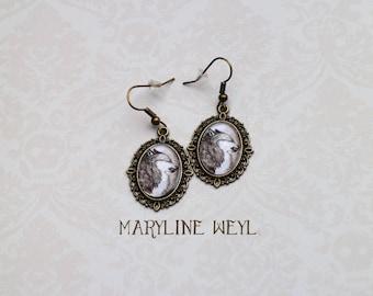 Gray Wolf Cabochon earrings