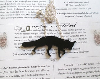 Nice silhouette black Fox collar