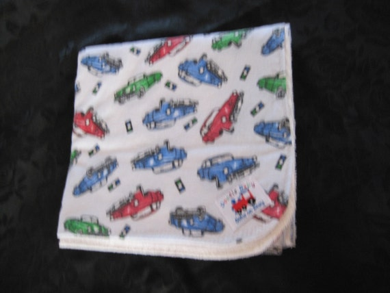 All ages/Waterproof Bed Pads - Classic Cars, Blue background