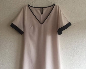 VINTAGE Retrò WOMAN DRESS made in Italy White and Black S/M V-Neck