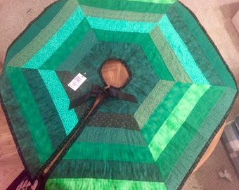 Green 63 inch Hexagon Christmas tree skirt #009