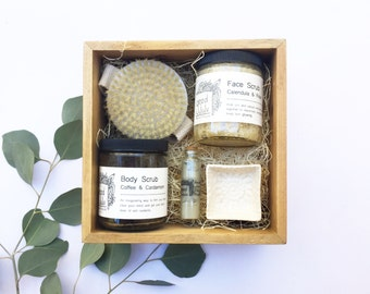 Exfoliation Bath + Body Set, Spa Gift, Gifts for Mom, Gifts for Women, Gift Set, Spa Gift Set Bath and Beauty Gift Basket with body brush