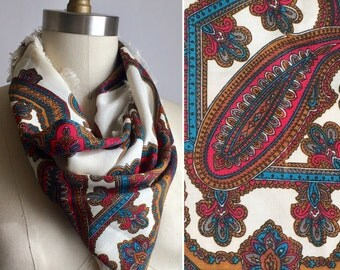 SALE vintage paisley scarf | hot pink printed shawl