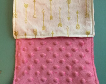 Minky Burp Rag - White with Gold Arrows
