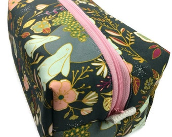 Boxy Bag, Toiletry Bag, dopp kit, Travel bag, Makeup Bag, Accessory bag, Wash Bag, Wet Bag in Nightfall
