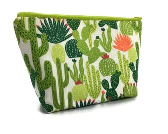Cactus Large Cosmetic Bag - Makeup Bag - Accessory Bag - Make up Bag - Toiletry Bag - Gadget Bag -  Jewelry Pouch