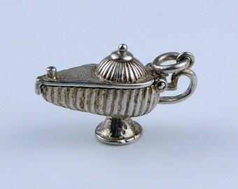 Silver bracelet charm - Genies lamp