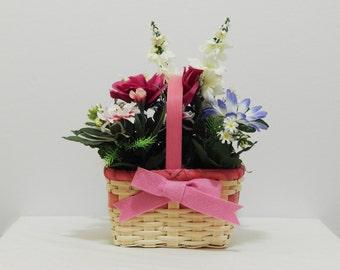 Spring Flowers, Mother's Day Gift, Floral Arrangement, Floral Centerpiece, Silk Flowers, Gift For Her, Easter Decor, Flower Arrangement