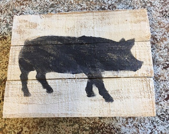 pig pallet sign, on the farm pallet art, pig wall hanging, pig farm kitchen decor