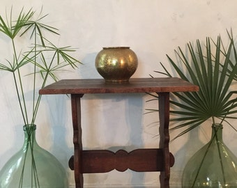 Small antique Table in solid wood