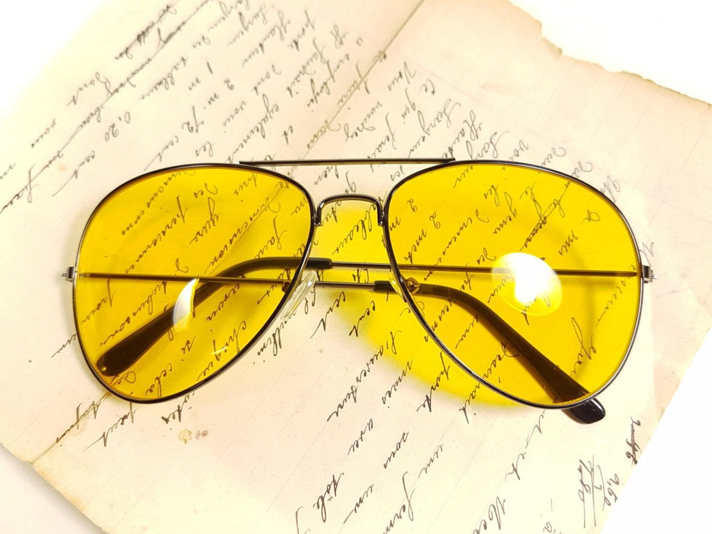 pilotenbrille gelben klassiker ray ban stil franz sisch. Black Bedroom Furniture Sets. Home Design Ideas
