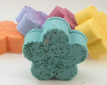 Flower Bath bombs, Crushed Candy scent, Rainbow Kids Birthday Party Favor, Baby Shower, Mini bomb gift set, Variety set, fish extender gift