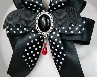 Vampire girl hair clip/brooch with bat wings for the Gothic Lady