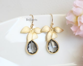 Orchid flower and Grey stone earrings in gold, Charcoal earrings, Bridesmaid earrings, Bridesmaid gift, Wedding earrings