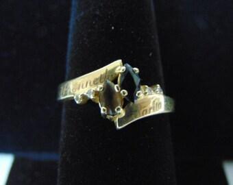 Womens Vintage Estate 14k Yellow Gold Ring w/ Onyx & Smoky Quartz 3.9g E2592