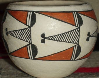 Native American Acoma Pueblo Pottery Vase Olla 3 X 3 3/4 Inches Signed