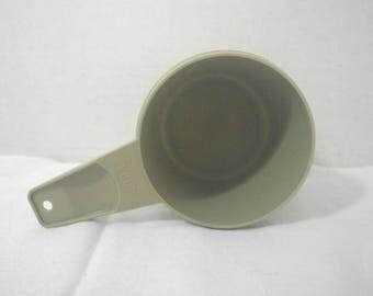 Vintage Tupperware Avocado One Cup Measuring Cup