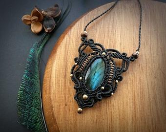 Magical Labradorite macrame necklace. Bohemian jewelry design. Boho chic. Labradorite necklace. Gemstone jewelry. Unique design.