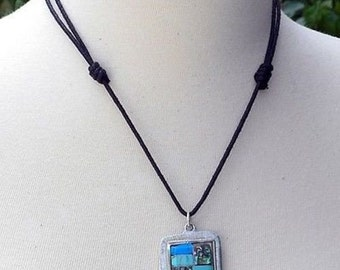 TURQUOISE PENDANT NECKLACE leather cord