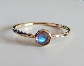 Labradorite 4mm Rose Cut 9ct Gold Hammered Texture Stacking Ring