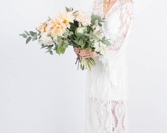 Lace Bridal Robe // Bridesmaid Robes // Robe // Bridal Robe // Bride Robe // Bridal Party Robes // Bridesmaid Gifts