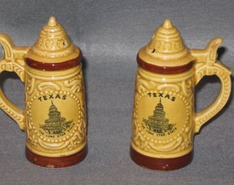 Vintage Texas Shakers, Stein Shakers, Home Decor, Table Decor, Collectibles, Souvenir Shakers, Texas Souvenir, Salt And Pepper Shakers