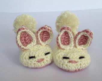 Baby Bunny Booties. crochet baby booties. Easter gift for baby. bunny crib shoes.