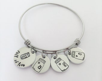 Full of love bracelet, Mother's bracelet, Grandma bracelet, Hand stamped jewelry, Mason Jar jewelry, Personalized jewelry, Custom jewelry