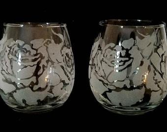 Engraved Stemless Wine Glasses, Set of 2, Roses