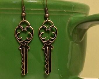 Vintage Key Earrings - Bohemian, Gypsy, Antique Gold