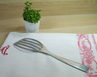 Reserved for Annie |Vintage flat spatula perforated aluminum | French kitchen utensil 1950