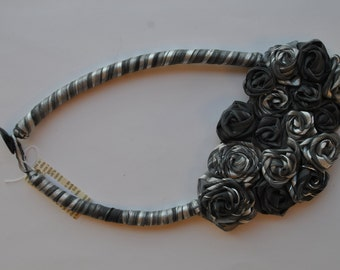 Statement necklace grey textile with roses assembly