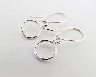 Small Circle Silver Earrings, Delicate Hammered Circle Earrings, 925 Sterling Silver Dangle Earrings, Simple Earrings, Dainty Earrings