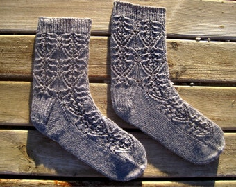 Evelyn Lace Socks Knitting Pattern - Toe-Up - Instant Download PDF