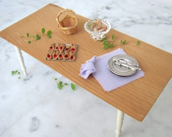 Pale Lavender Purple Tea Lunch Dinner Napkins, 1:12 Scale Dollhouse Miniature Dining Room Country Farmhouse Kitchen Picnic Table Home Decor