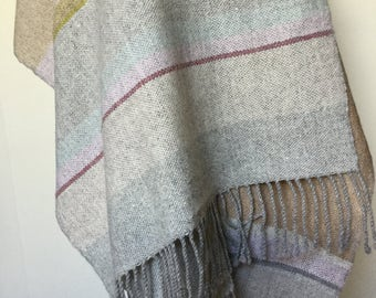 wool scarf. Cashmere scarf. Lambswool scarf. Hand woven scarf. Handmade.  Colourful scarf. Gift idea