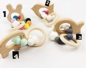 Hochet anneau de dentition bébé au choix