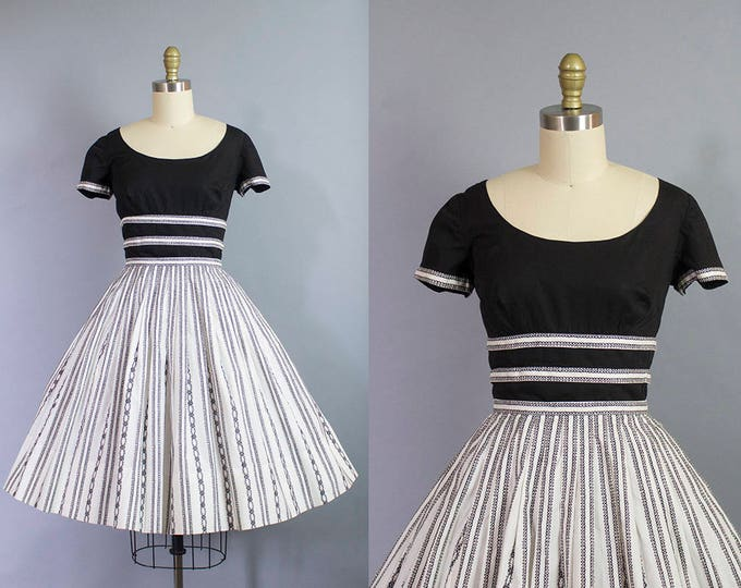 1950s black and white dress/ 50s cotton day dress with squiggle trim/ Pat Premo/ small