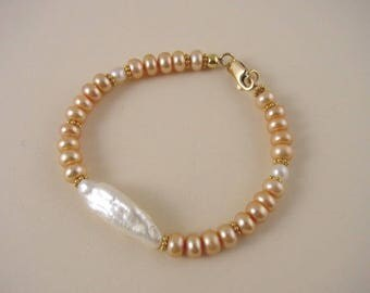Freshwater Pearl Bracelet and Vermeil - White and Peach Cultured Pearl Bracelet - Jewelry for Women - Hand Made Beaded Bracelet