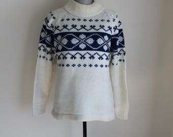 60s Winter Ski Sweater Size Large Pull Over Geometric Pattern