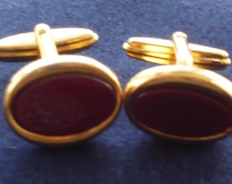1960s Red and Guilt Oval Cufflinks