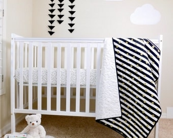 Black and White Baby Quilt, Minimalistic Black White  and gold nursery Quilt, Black and White crib bedding, Gold dots crib quilt.